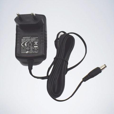 Netzstecker und Netzadapter vom Karella CB90