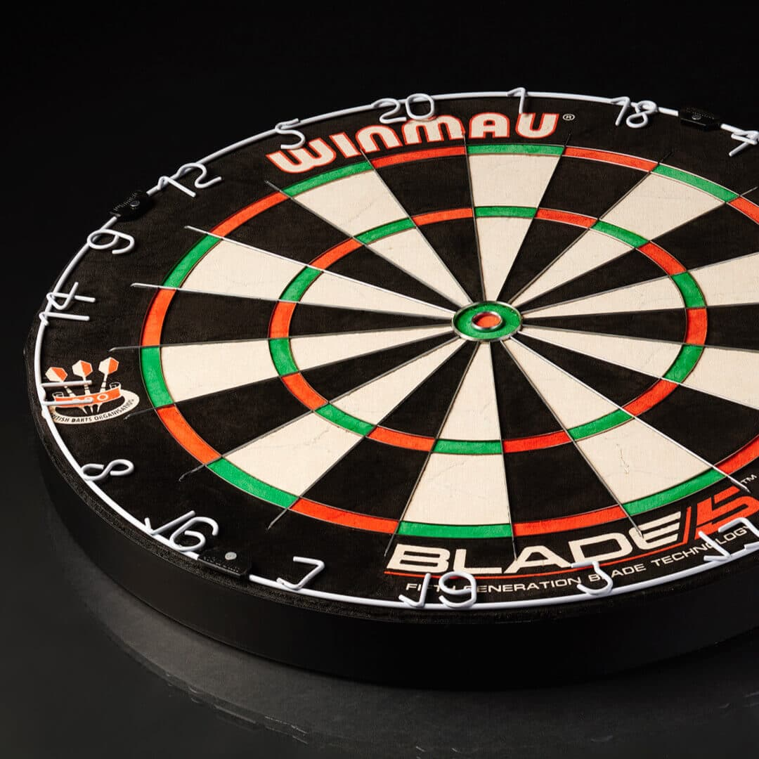 Winmau Blade 5 Dartboard zum Steeldart Spielen