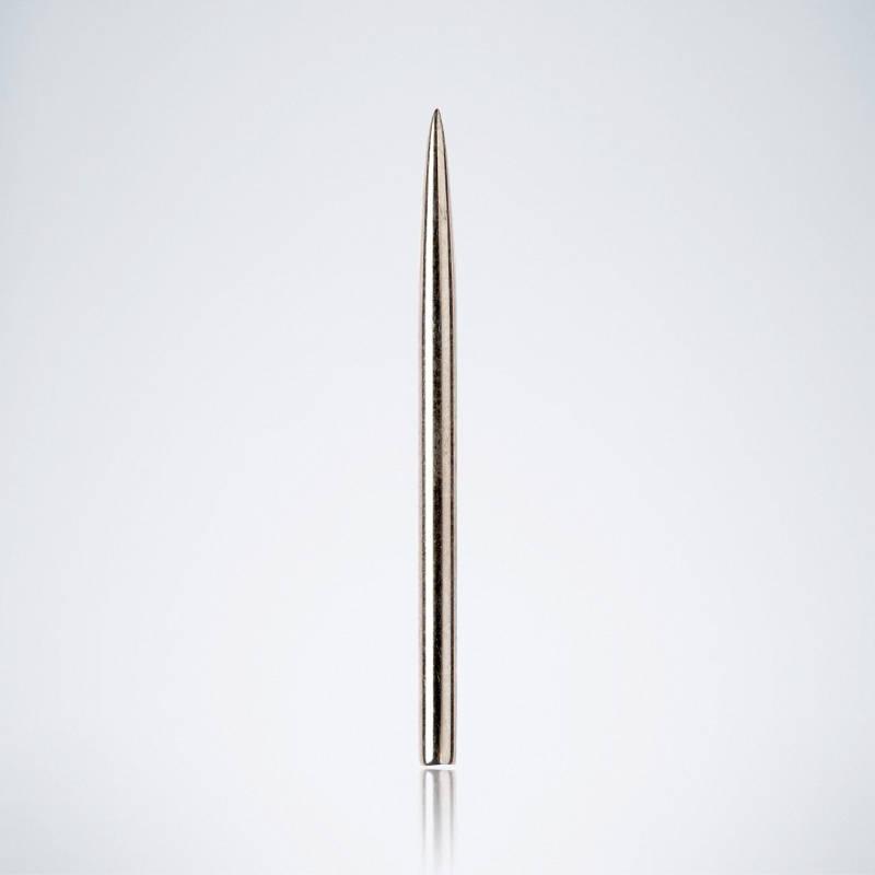 Glatte Silberne Standard Stahlspitze