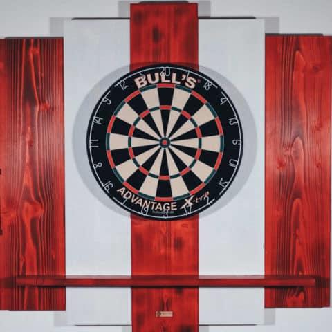 Wooden Dartboard Surround für Dartscheibe aus Holz in Rot und Weiß