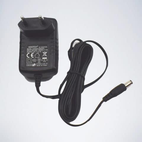 Netzstecker und Netz Adapter von Dartscheibe Elektronisch CB50