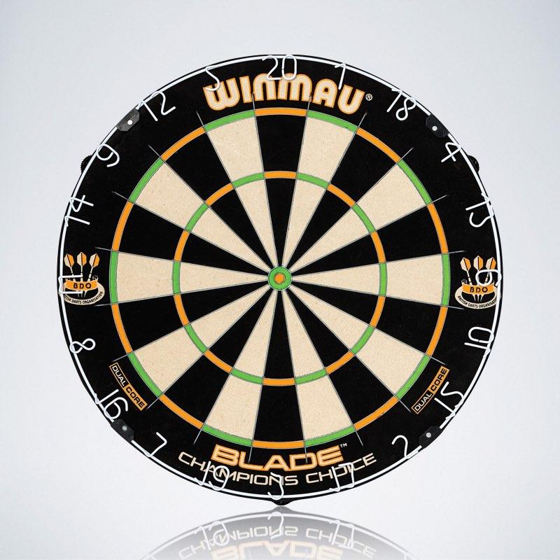 Winmau Dartboard Blade Champions Choice mit kleineren Double und Triple Segmenten