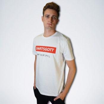 """weißes Herren T-Shirt mit weißem Schriftzug """"Dartsgott"""" auf rot von vorn"""